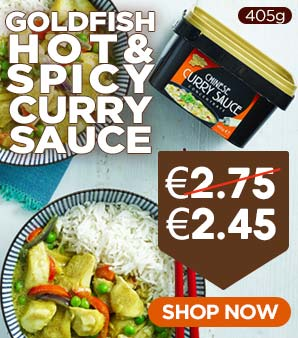 Goldfish Curry Sauce Hot 405g